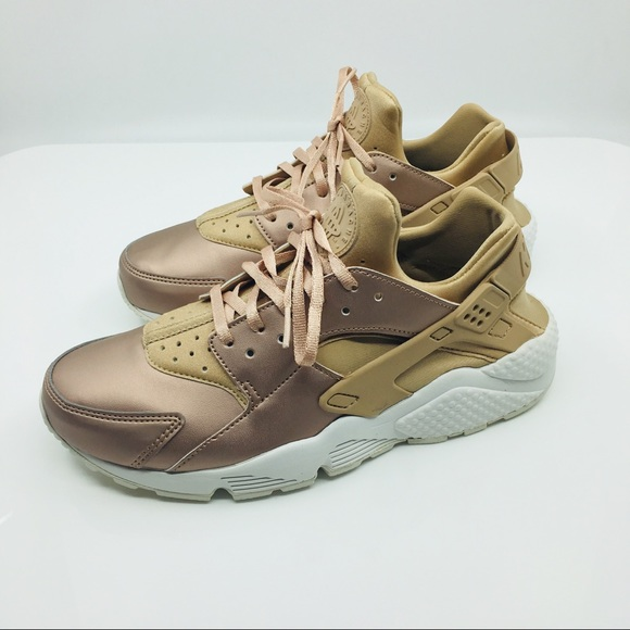 ff3c6722fac7 Nike Air Huarache Run PRM Women s NWT Rose Gold